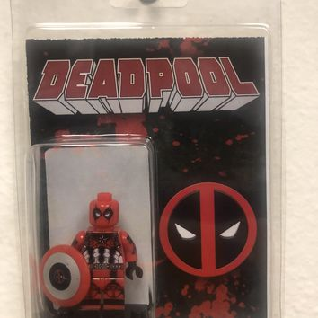 Block Minifigure Deadpool Captain America