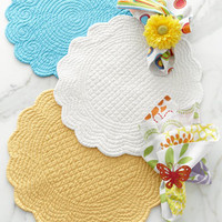 Solid Quilted Placemats & Print Napkins