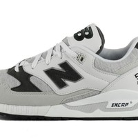 new balance for women w530caa white light grey and charcoal sneaker