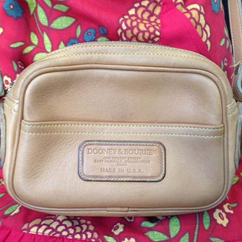 Tan Glove Leather Zip Top Dooney and Bourke Over the Shoulder Purse- Vintage Authentic