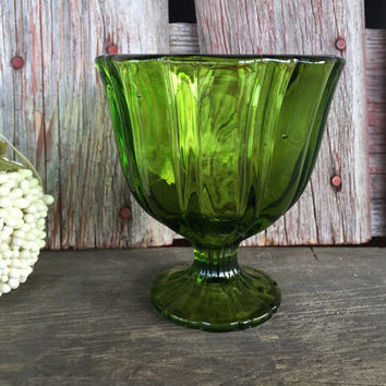 Vintage green depression glass, Green Glass compote footed bowl, Pedestal Bowl, pressed glass compote, wedding serving, st patricks