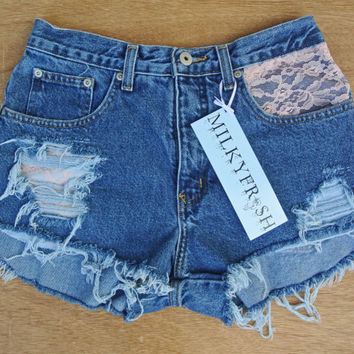 "High Waisted Cuffed Shorts Size 4 Milky Fr3sh ""Lucy"""