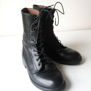 Vintage Womens Black Combat Boots Leather Size 7 Goth Punk Boho Retro