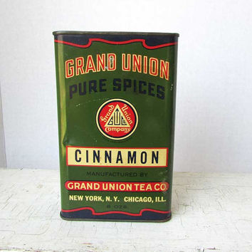 Vintage 1940 Large Baker's Size Grand Union Pure Spices Advertising Tin in Green, Red, Blue, Grand Union Tea Co, Cinnamon Tin, Kitchen Decor