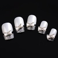 Vip Beauty Shop White Silver Bow Tie 10 Pieces Silver 3d Alloy Nail Art Slices Glitters DIY Decorations