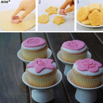 8pcs/SET Cute Hello Kitty Cartoon Sushi cookie Mould Cake Cookie Maker Mold Mould High Quality barking Tools MI34