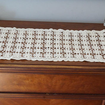 "42"" x 15"" Crocheted Table Runner, Vintage Dresser Scarf, Cream Crochet Doily, Cottage Chic Decor, Rectangular Off White Wedding Linen"