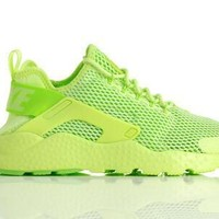 "Nike Air Huarache ""Ghost Green"""
