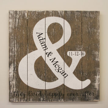 Wedding Sign Rustic Wedding Personalized Wedding Decor Pallet Sign Distressed Wood Sign Wedding Gift Bridal Shower Gift Amperzand Sign