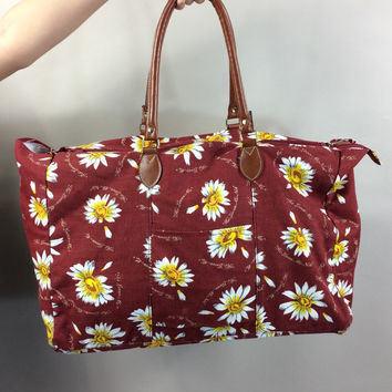 Tacoma bag // 90s burgundy canvas daisy print grunge oversized weekender tote bag // novelty he loves me // he loves me not