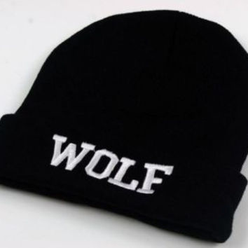 * Wolf Casual Hip-Hop Beanie In Black/White