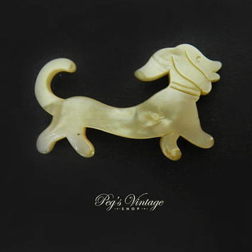 Rare Antique Mother Of Pearl  Dachshund Dog Brooch Pin, Carved Mop Wiener Dog / Animal Pin
