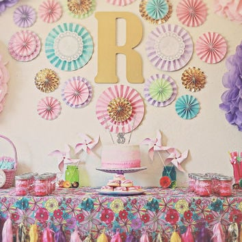 17 pc layered pinwheels/choose your colors/rosettes/mix size/wall decor/free ship/nursery decor