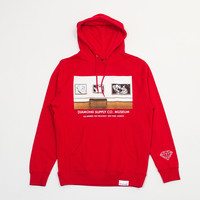 Gallery Pullover Hood in Red