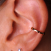 EAR / CUFF / Wrap /  14K yellow gold filled / Dotted hammered textured