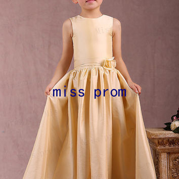 Taffeta scoop neckline tea-length zipper back flower girl dress with flowers