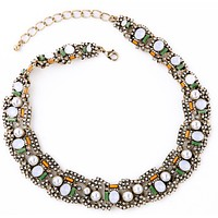 Modern Pearl Collar Necklace