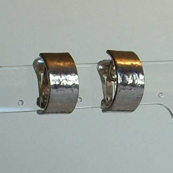 Christian DIOR Wide Silver Plated Huggie Earrings Clip On Style Vintage Jewelry