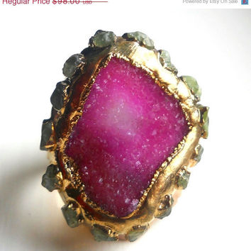 ON SALE Druzy and raw peridot ring, 18k gold dipped