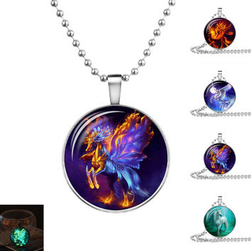 Fashion Jewelry Glow In the Dark Necklace Dragon Pattern Glass Pendant Necklace for Women Party Gift