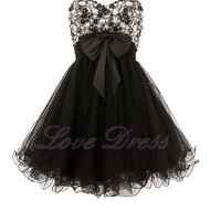 Charming Sweetheart Strapless Embellished Prom Dress