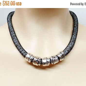 Black And Silver Necklace, Black Necklace, Silver Necklace, Bib Necklace, Silver Beads Necklace, Mesh Jewelry, Wire Mesh Jewelry, Mesh Chain