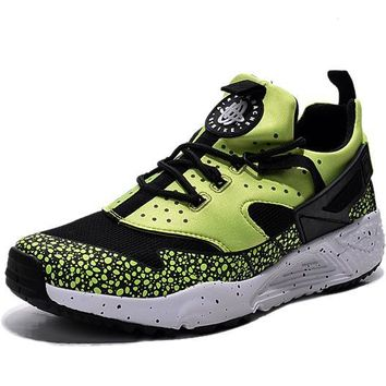NIKE warm casual shoes sports running shoes Black and green