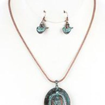 AGED FINISH Copper Look Metal Cow Girl  COWBOY HAT Pendant  NECKLACE AND EARRING SET