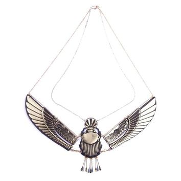 Golden Winged Scarab necklace | rosita bonita