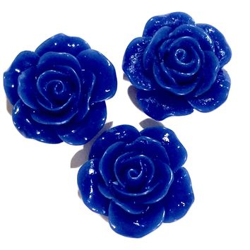 Royal blue flower resin cabochon 18mm / 1-5 pieces