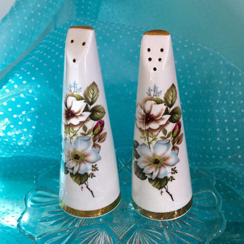 Vintage Salt and Pepper Shaker, China,Royal Stuart Fine Bone China England, Wedding China, Retro, Vintage Kitchen, Shabby Chic Decor, Gift
