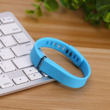 Large And Small Replacement Wrist Band & Clasp For Fitbit Flex Bracelet Large Bands Easily insert your flex tracker