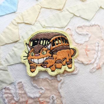 TOTORO Patch - Sew On patch - Embroidered Jacket Patch - Cat Bus Totoro - Patch Gift - Patch for jacket - Studio Ghibili patch (1.9x2.6'')