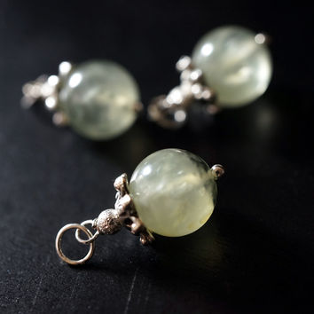 Tiny Prehnite Penant - Genuine Prehnite Necklace, Prehnite Jewelry -  Simple Rutalited Green Prehnite Choker ,Tiny Silver Necklace