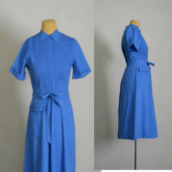 50s Wrap Dress / Blue Cotton Belted Short Sleeve Apron Day Dress Size 11 / 12