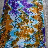 Altar Cloth/Wiccan/Pagan/Indian Tapestry/Scarve/Sarong Tie Dye Triquetra SCV106