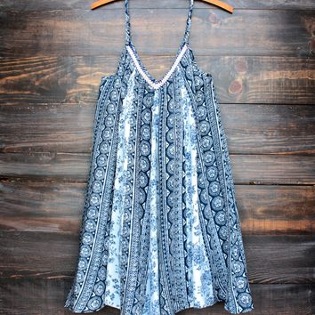 final sale - sunday brunch flowy day dress | navy print