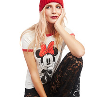 Sitting Minnie™ Tee | Wet Seal