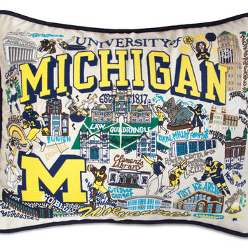 UNIVERSITY OF MICHIGAN EMBROIDERED PILLOW