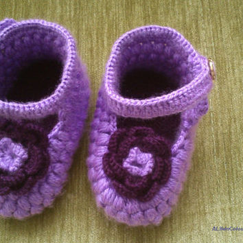item no:215 Handcrafted crochet baby's socks, baby's booties.