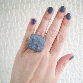Faux granite blue ring, denim indigo navy blue grey stone imitation marble earthy natural minimal big chunky silver adjustable simple modern