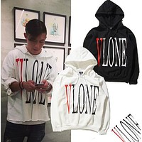 Social Club Social sweater Man 1: 1 high quality skateboard hoodies Kanye West VLONE damage thicker cotton hooded sweater
