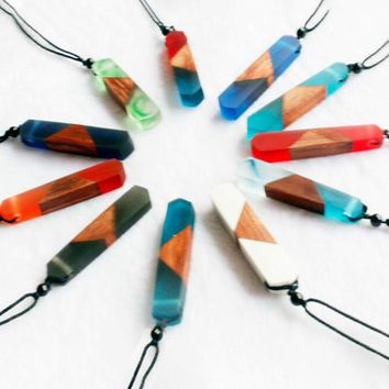 Women Men Necklace Handmade Vintage Resin Wood Necklaces Pendants Long Rope Wooden Necklace Jewelry