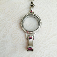 Large lanyard 30mm Memory locket with crystas stainless steel and choice of chain