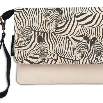 Women Unicorn Pattern Beige Printed Canvas Wallet Clutch Purse WAS_12
