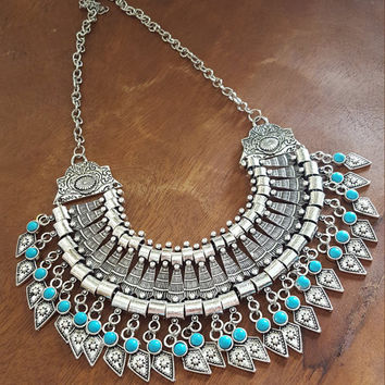 Bohemia Chic Vintage necklace/Turquoise beads/ Alloy