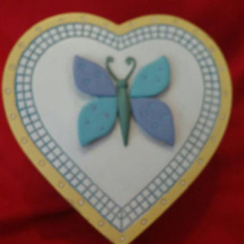 Lovely Heart Shaped Trinket Jewelry Box With Butterfly Design