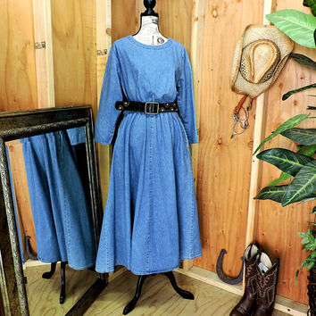 Long denim dress / Denim maxi dress / size M / loose fit jean dress / western boho long jean dress / SunBelt Denim USA / GravelStreetVintage