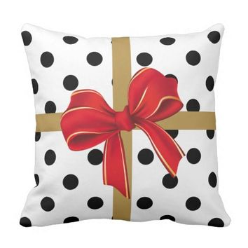 Christmas Pillow, modern B&W gift wrap w/ bow Pillow