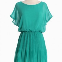 Old Towne Adventures Pleated Dress In Green